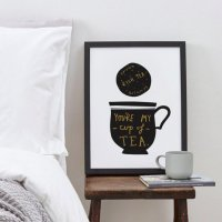 OLD ENGLISH CO. | MY CUP OF TEA PRINT (black and gold/white background) | A4 アートプリント/ポスター