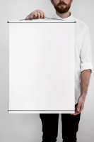 MOEBE | POSTER HANGER (white) | ポスターハンガー (50x70cm)の商品画像
