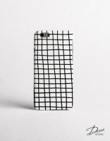 【ネコポス送料無料】DESSI DESIGNS | CROSS STRIPES / GRID (white) | iPhone 8ケース