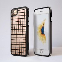 DESSI DESIGNS | CROSS STRIPES / GRID (clear/black) | iPhone 7ケース
