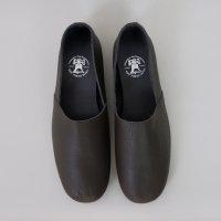 REN | プレーンスリッポン (grayish brown) | シューズの商品画像