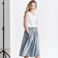 not PERFECT LINEN | linen skirt with deep pockets (light grey)の商品画像