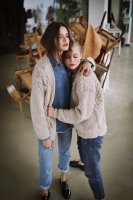 The Knotty Ones | TWISTED ERIK (beige) | ニットカーディガンの商品画像