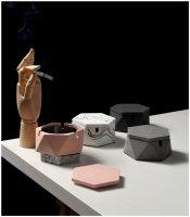 FOOKYOU | Hexagonal Cement Ashtray | 蓋つき灰皿【北欧 リビング キッチン】の商品画像