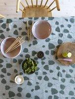 FINE LITTLE DAY | BOUQUET TABLECLOTH - GREEN (147x147cm) (45112-51) | テーブルクロス【北欧 ファインリトルデイ リネン】の商品画像