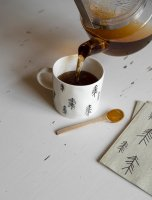 FINE LITTLE DAY | TALL CUP WITH EAR, WHITE (no.TCE12-W) | ティーカップ 北欧 陶器 取っ手付きの商品画像