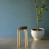 KLIPPAN (クリッパン) | ヨーディス (グレー) SSサイズ | スツール 送料無料 北欧 スウェーデン 椅子 天然木の商品画像