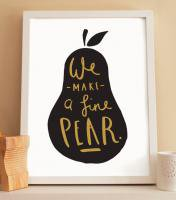 OLD ENGLISH CO. | PEAR PRINT (BLACK AND GOLD/WHITE BACKGROUND) | A4 アートプリント/ポスター