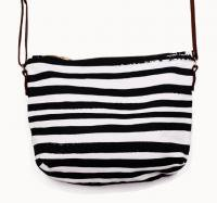 SUCH SWEET TIERNEY | BLACK STRIPE CROSSBODY | ショルダーバッグ