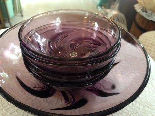 曽我ガラス 気泡の入ったレトロなプレートセット パープル