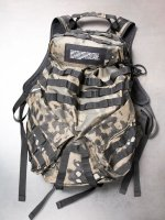 【JULIUS】MULTI STRAPPED BACKPACK /CAMOFLAGE <img class='new_mark_img2' src='//img.shop-pro.jp/img/new/icons1.gif' style='border:none;display:inline;margin:0px;padding:0px;width:auto;' />
