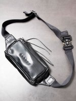 【DEVOA】Waist bag carf leather /BLACK<img class='new_mark_img2' src='//img.shop-pro.jp/img/new/icons1.gif' style='border:none;display:inline;margin:0px;padding:0px;width:auto;' />