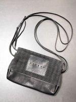【DEVOA】Crossbody bag linen calf leather /BLACK STRIPE