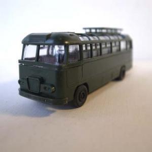 I.M.U製 「Ikarus 31/311」 バスのモデルカー (GRN)