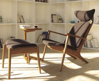 リラックスできるリーズナブルな北欧風シンプルチェアー 一人掛けの木の椅子