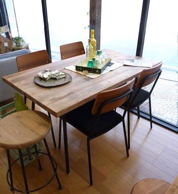 今なら送料無料!ラスティックスタイルのナラ材の古木のお買い得食卓5点セット 絶対お得!