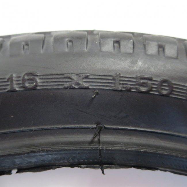 16x1.50 黒タイヤ・チューブ(各1本)