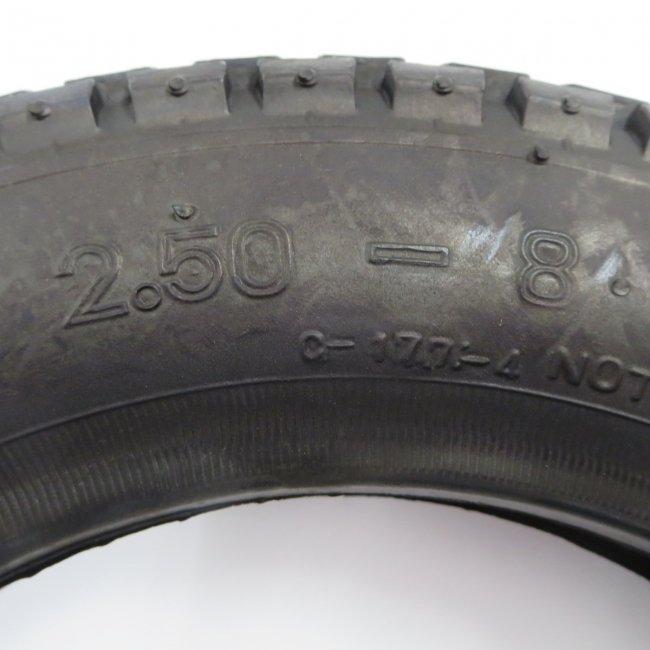 2.50-8 黒タイヤ