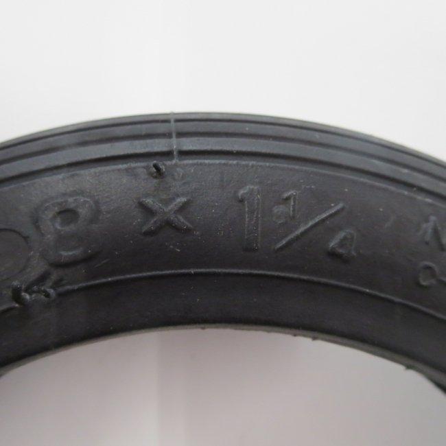 8x1 1/4 黒 タイヤ 1本