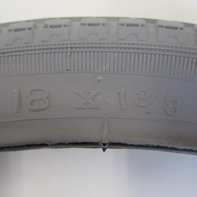 18×1 3/8 グレータイヤ・チューブセット(各1本)車いすタイヤ