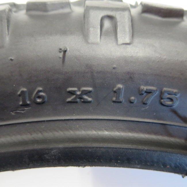 16x1.75CTBタイヤだけ(1本)