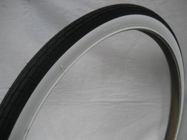 22x1 1/2 白サイドタイヤ チューブ (各1本)