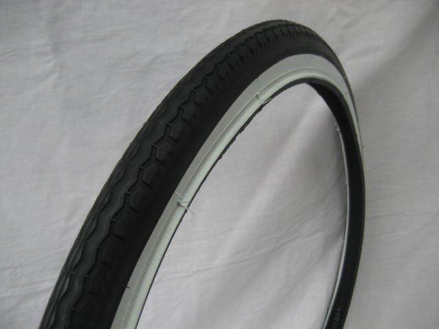 22x1.75 白/黒タイヤ  チューブ (各1本)