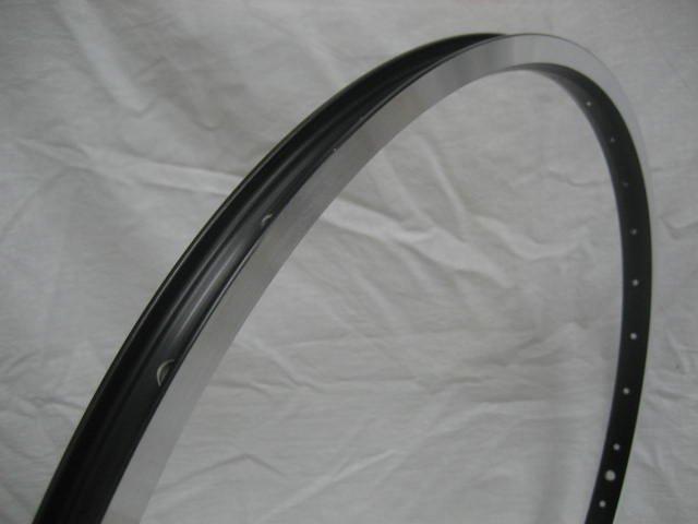 26 x 1.50 32H 黒色 アルミリム