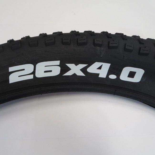 26 x 4.0 タイヤ (1本)