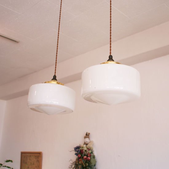milk glass pendant lamp room milk glass pendant lamp mozeypictures Gallery