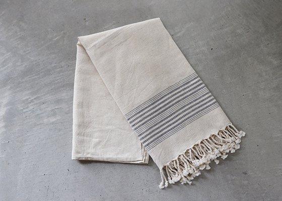 トルコ 手織りのリネンケット【ストライプブラック】