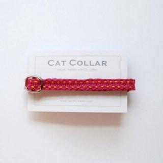 猫の首輪/ヘンプ編み【マゼンタ×きいろステッチ】