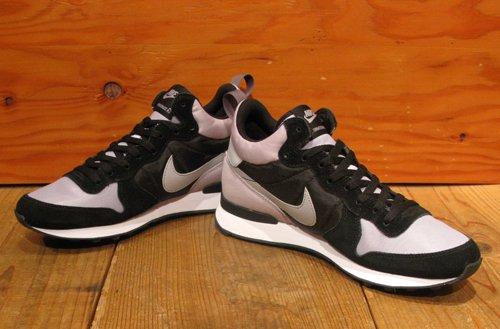 Nike Internationalist Mid Black x Gray