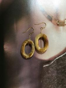 Oval Pierce/Gold