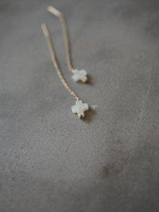 Mini Cross Chain Pierce