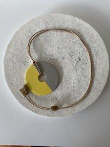 Buffalo Horn×Lacquer Necklace/Yellow×Gray