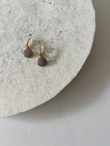 【Gray Onyx Earrings】