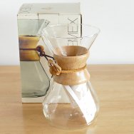 <img class='new_mark_img1' src='https://img.shop-pro.jp/img/new/icons21.gif' style='border:none;display:inline;margin:0px;padding:0px;width:auto;' />【★4】CHEMEX コーヒーメーカー 8カップ 箱付き