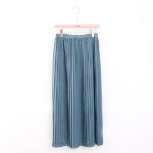 AURALEE オーラリー ウールポリエステルシアークロスプリーツスカート(ブルーグレー) 新商品