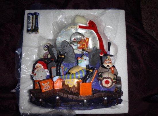 ディズニー スノーグローブ|スノードーム ナイトメアビフォアクリスマス