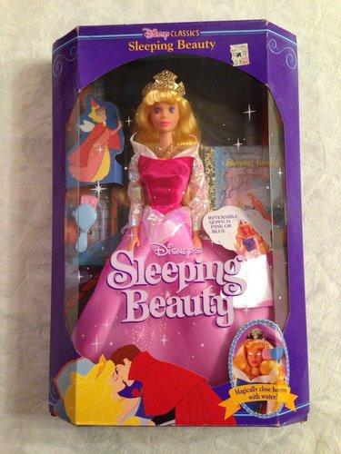 ディズニーフィギュア 眠れる森の美女 オーロラ姫 【Disney Classics Sleeping Beauty Doll 1991】