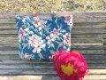 ◆キルティング生地レザー持ち手トートバッグ(レトロハイビスカス)