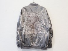 <img class='new_mark_img1' src='https://img.shop-pro.jp/img/new/icons20.gif' style='border:none;display:inline;margin:0px;padding:0px;width:auto;' />doublet / GRADATION CHAOS EMBROIDERY BLOUSON