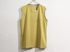 <img class='new_mark_img1' src='https://img.shop-pro.jp/img/new/icons14.gif' style='border:none;display:inline;margin:0px;padding:0px;width:auto;' />JOHNLAWRENCESULLIVAN / SQUARE NECK SLEEVELESS TOP