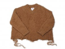 <img class='new_mark_img1' src='https://img.shop-pro.jp/img/new/icons14.gif' style='border:none;display:inline;margin:0px;padding:0px;width:auto;' />doublet / ANIMAL FUR CUT OFF PULLOVER