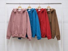 <img class='new_mark_img1' src='https://img.shop-pro.jp/img/new/icons14.gif' style='border:none;display:inline;margin:0px;padding:0px;width:auto;' />UNUSED WOMEN / SWEAT HOODIE