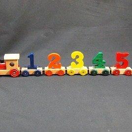 木のおもちゃ 木製玩具 昔のおもちゃ  知育玩具  バースデー プレゼントに!木製汽車【6連結数字】