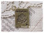 チャーム パスポート 真鍮古美 11mm×15mm