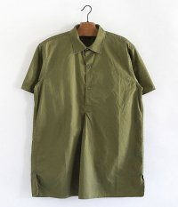 NECESSARY or UNNECESSARY 16 S/S PULL OVER MILITARY [OLIVE]