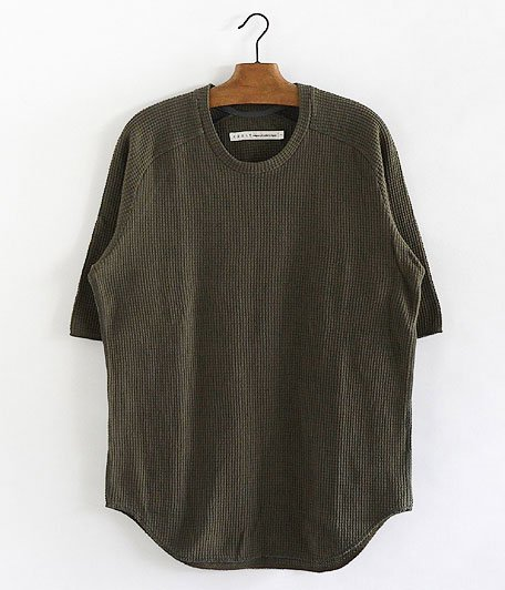 CURLY Cloudy QS TEE [OLIVE]